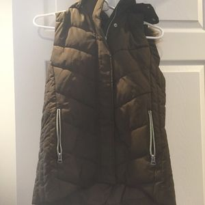 puffer vest with detachable hood